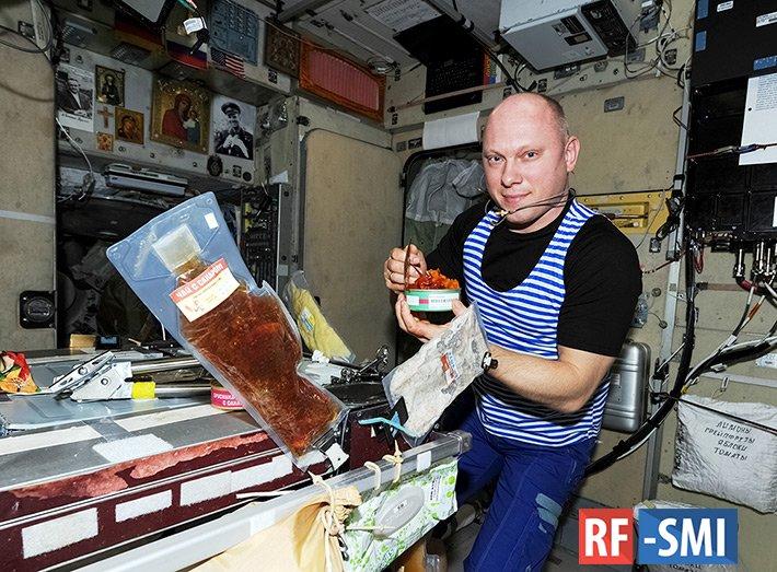 Полет нормальный, лепешка витаминная – ученые разработают полезный хлеб для космонавтов
