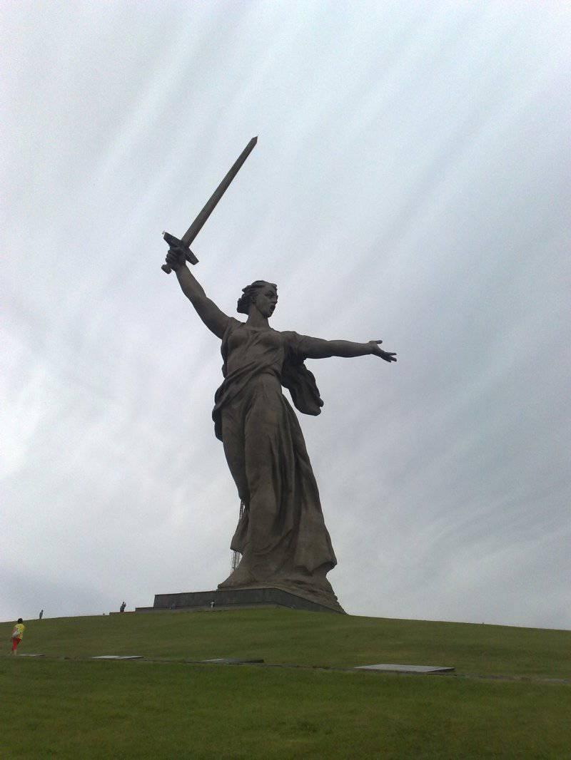 """Мамаев курган и """"Родина-мать зовет!"""""""