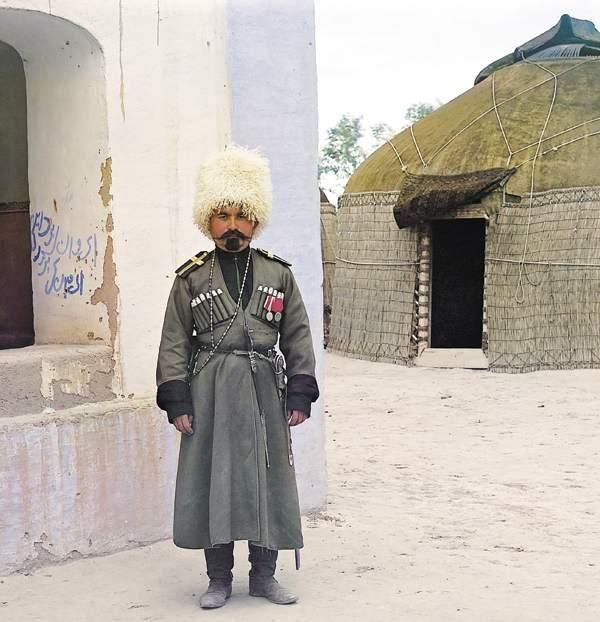Снимок сделан в 1911 году в царском имении Байрам-Али Мервского уезда Закаспийской области (Туркменистан)