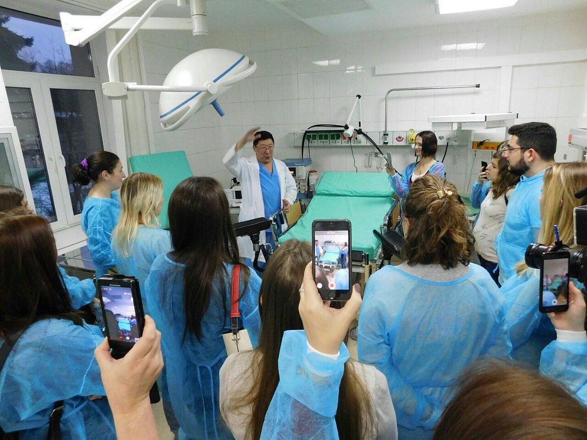 О правильном питании и женском здоровье расскажут московские врачи