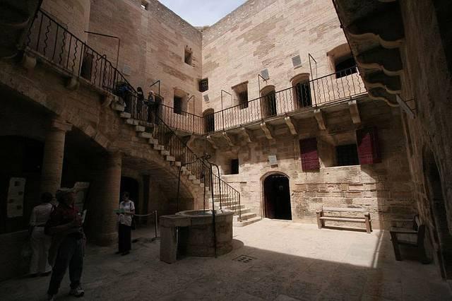 Замок Иф: крепость-тюрьма «романического» образа