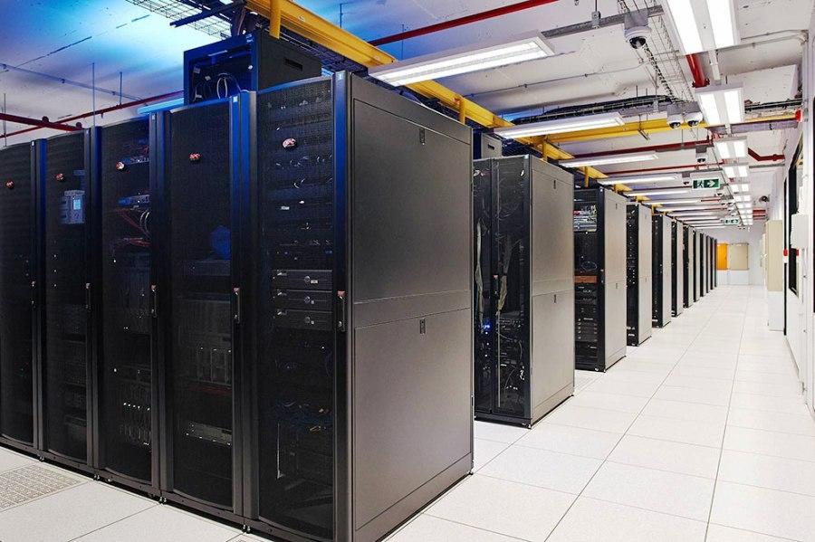 Серверные шкафы бывают разного размера